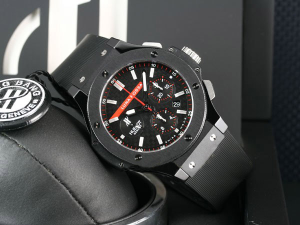 Hublot Big Bang Luna Rossa Replica Watch